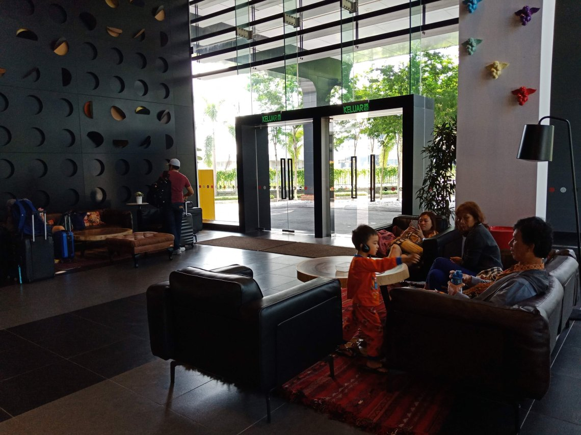 Tune Tour Episode 1: Tune Hotel KLIA2 – JenjalanKami